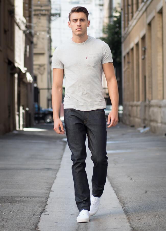 Men-Dark-Wash-Jeans-Look