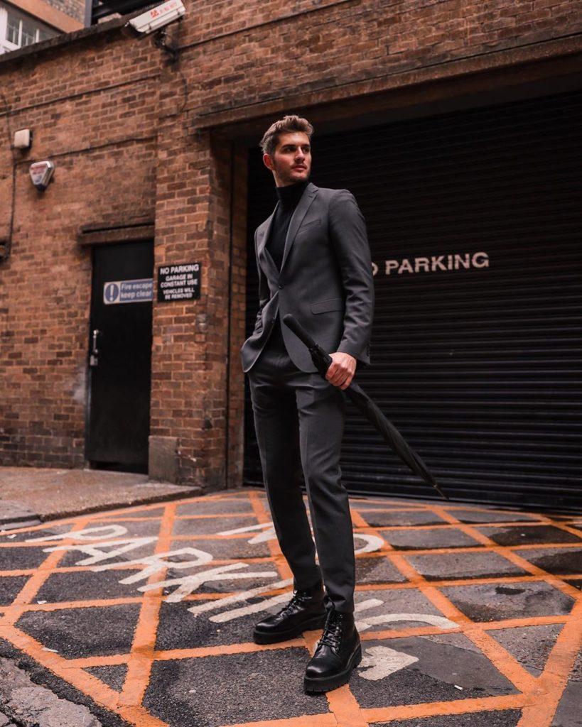Dark Grey Formal Blazer With Black Shirt And Black Shoes